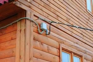 Способы подведения электрокабеля к баням