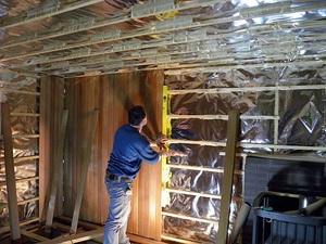 Порядок выполнения работ по отделке стен в бане вагонкой