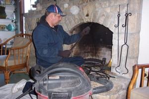 Особенности чистки дымоходов от налёта механическим методом
