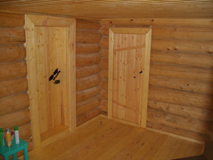 Выбор дверей в баню
